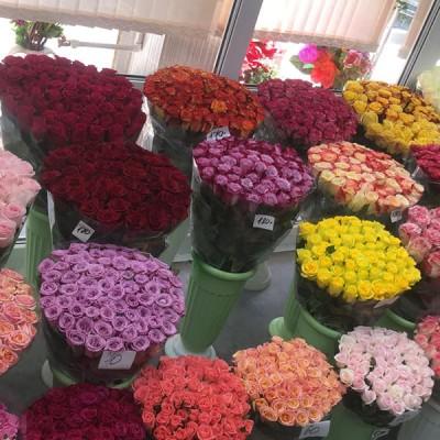Поставка свежих цветов